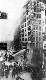 The building on fire, 1911